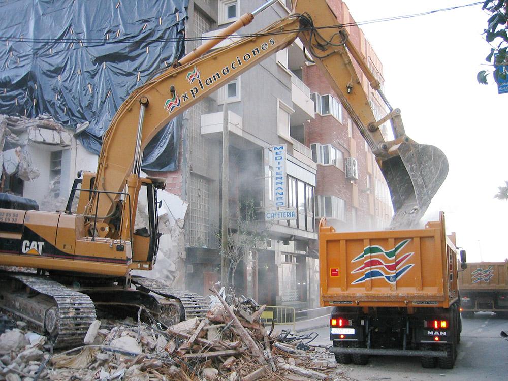 Demolición edificio 5 alturas